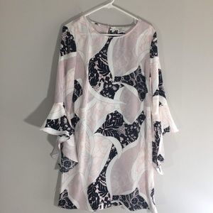NWT Bar III Dress with Bell Sleeves Size L